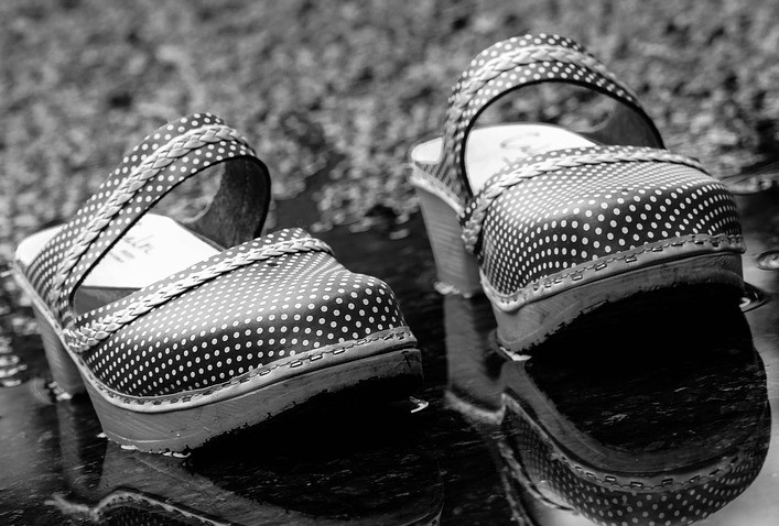 Puddle Pair Footwear Clogs Reflection Shoes
